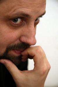 Dan Lungu - autorul romanului Sint o baba comunista!